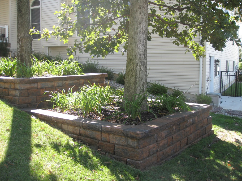 block retaining walls landscaping st louis landscape ForBlock Wall Landscape Design