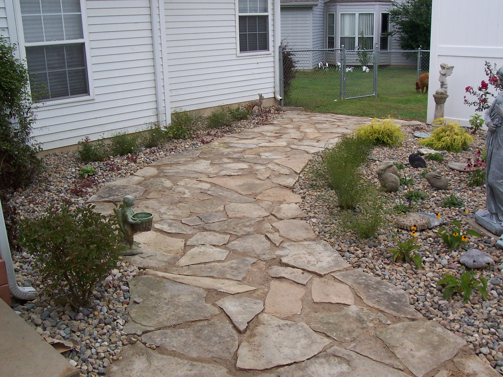 Pavers flagstone landscaping st louis landscape for Flagstone designs