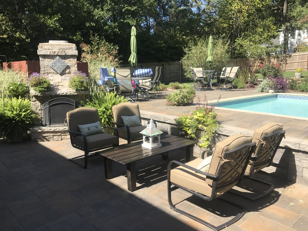Landscaping Maintenance Design in St. Louis, Arnold, South County